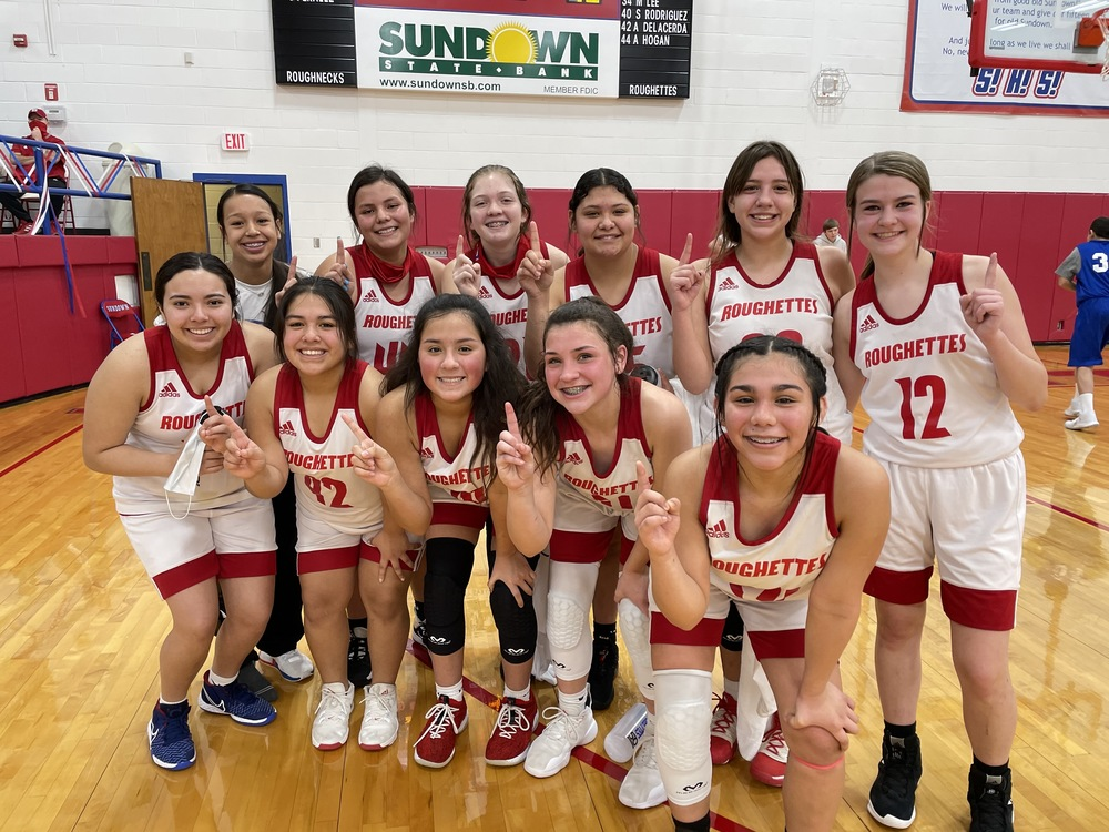 JH Girls Red Team Finish Season Undefeated